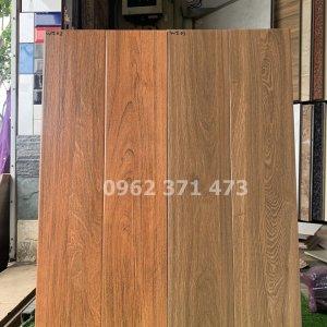 gạch ốp tường giả gỗ 15x80 cm
