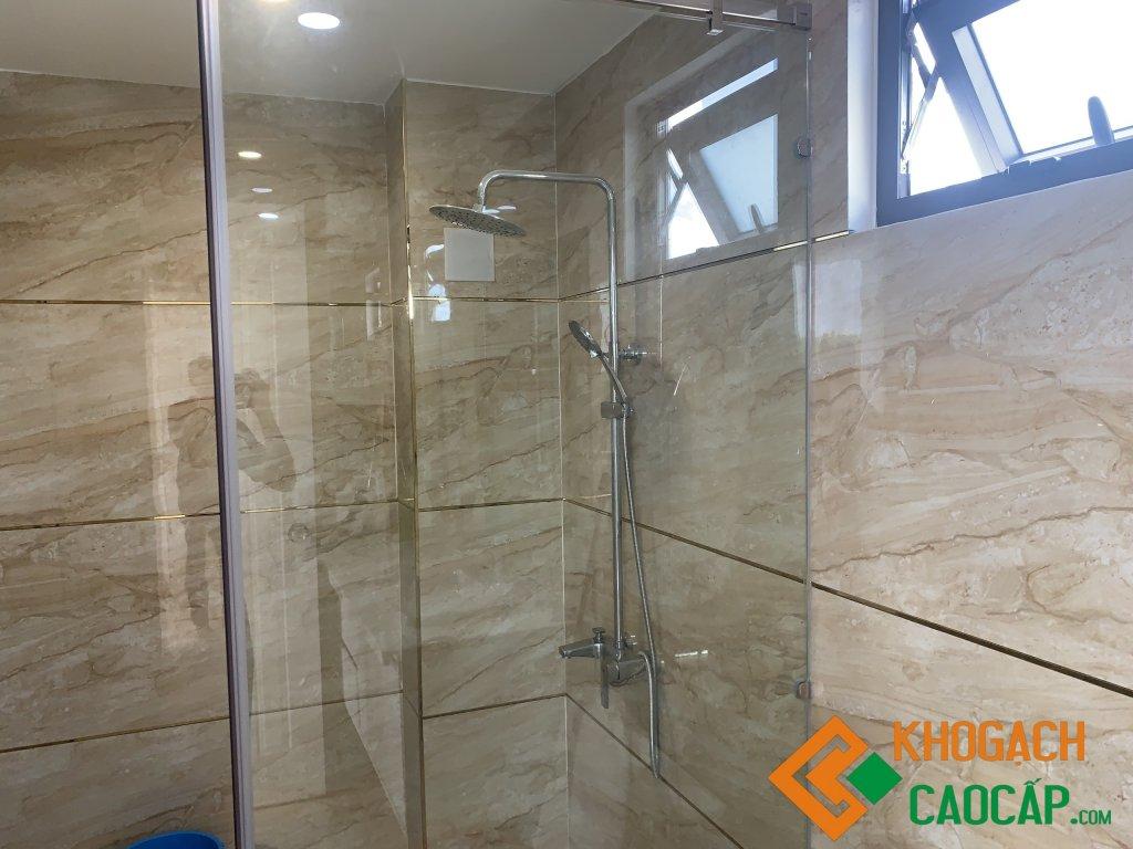 gạch ốp tường nhà tắm 60x120 vân đá cao cấp