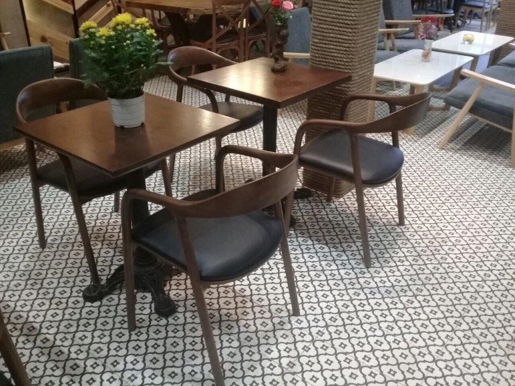 gạch bông 20x20 sử dụng lát nền quán cafe