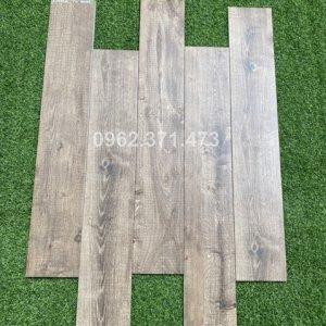 gạch giả gỗ 15x90 trung quốc lát phòng ngủ